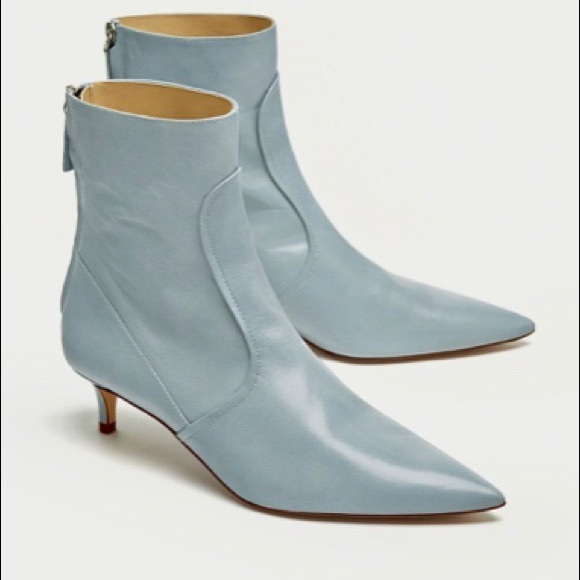 bcfdaccbf2e ZARA mid heel blue real leather shoes